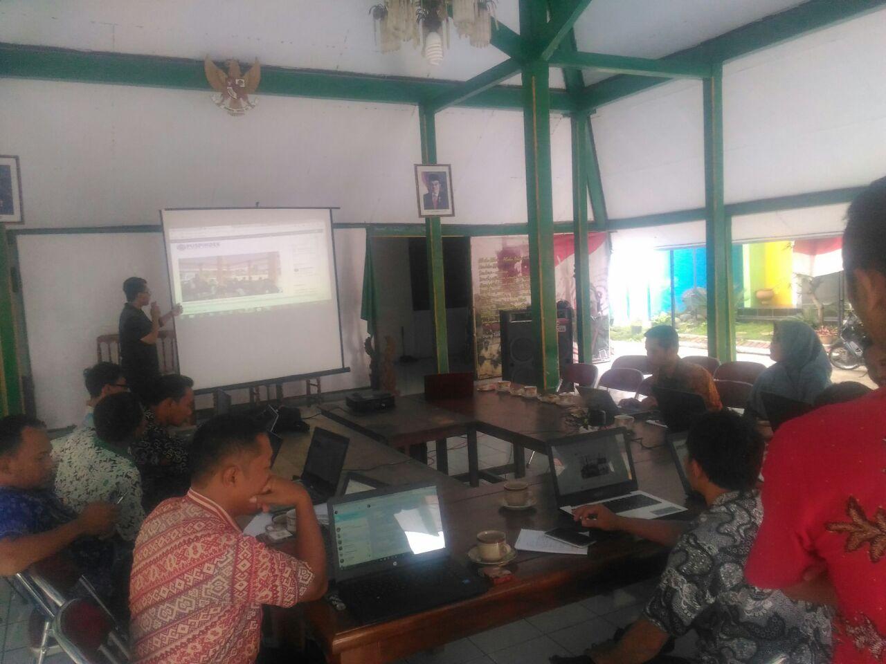 Desa Sima Mengikuti Pelatihan Optimalisasi Website Desa  Bersama DINPERMADES di kecamatan Moga